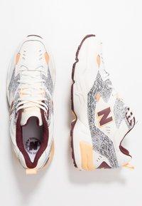 New Balance - MX608 - Sneakers - white - 1