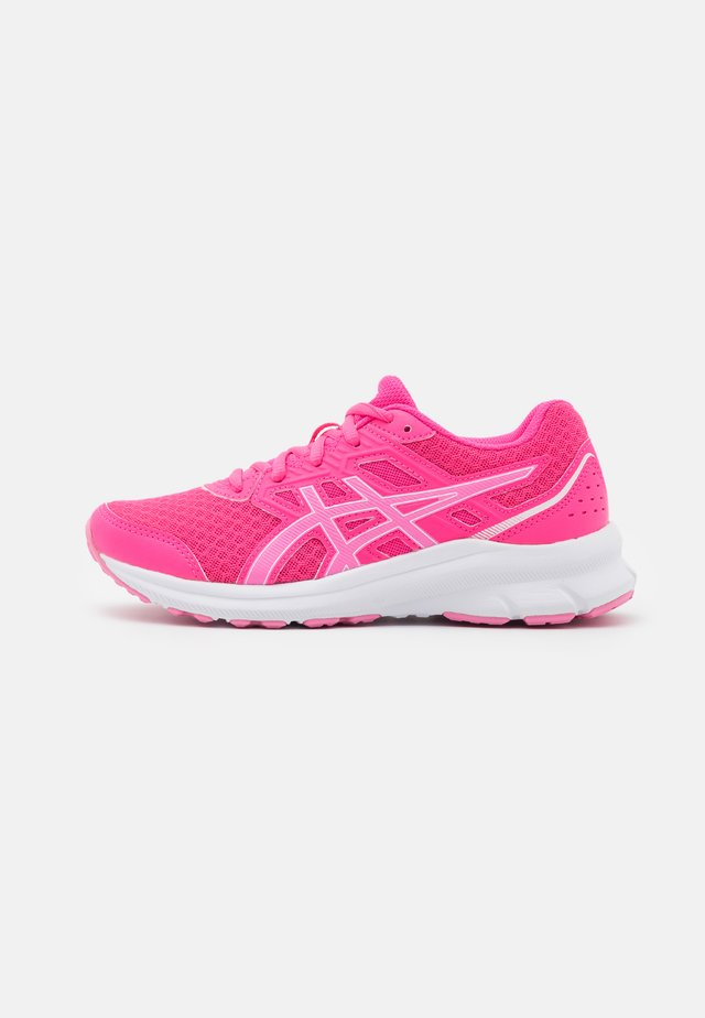 JOLT 3 - Neutral running shoes - pink glo/dragon fruit