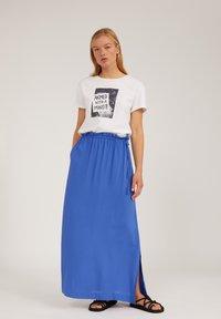 ARMEDANGELS - Print T-shirt - white - 1