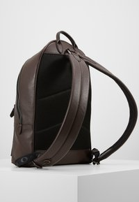 Coach - METROPOLITAN SOFT BACKPACK CEW - Reppu - qb/oak - 3