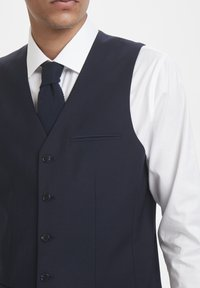 Matinique - BRECK STRETCH - Suit waistcoat - navy blazer - 4