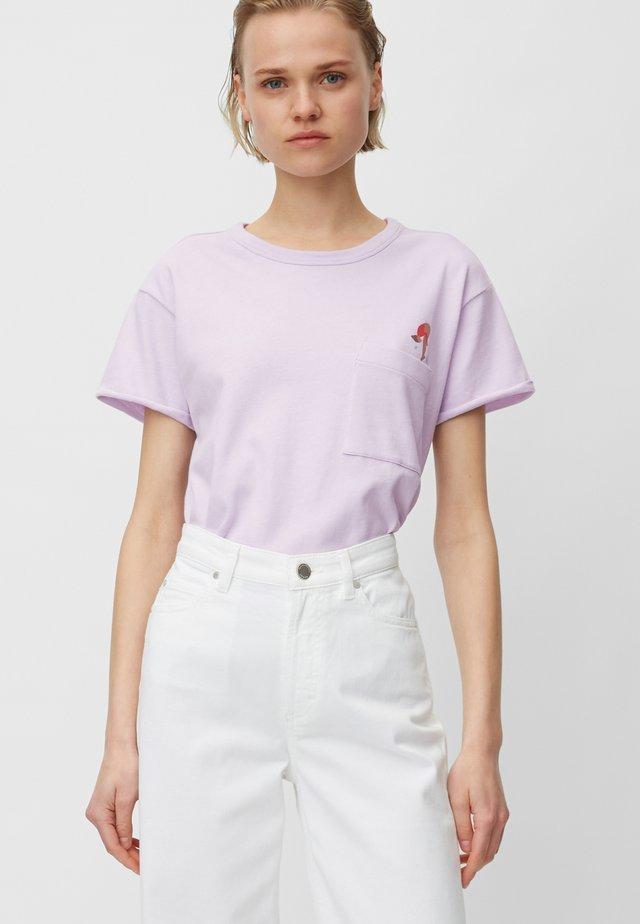 Print T-shirt - syringa lilac