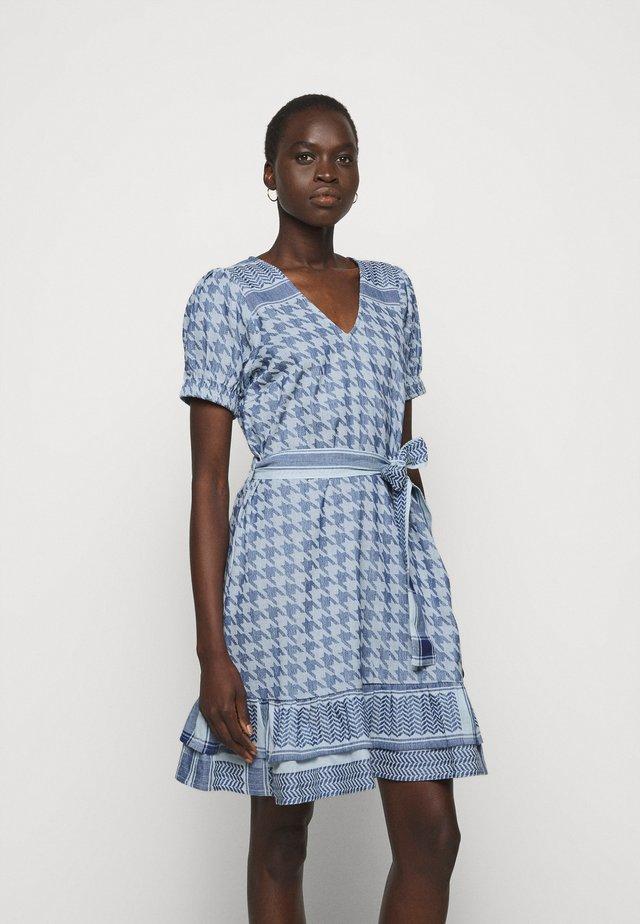 LIGHT - Korte jurk - ballad blue