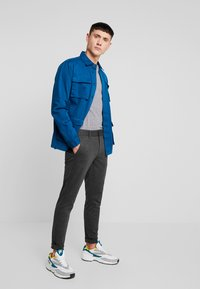 Only & Sons - ONSMARK PANT - Pantaloni - dark grey melange - 1