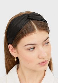 Stradivarius - 00223009 - Hair styling accessory - black - 2