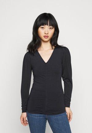 VMNEXT NECK TOP PETITE - Long sleeved top - black