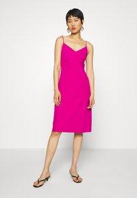 Banana Republic - STRAPPY SLIP - Jersey dress - bright sangria - 0