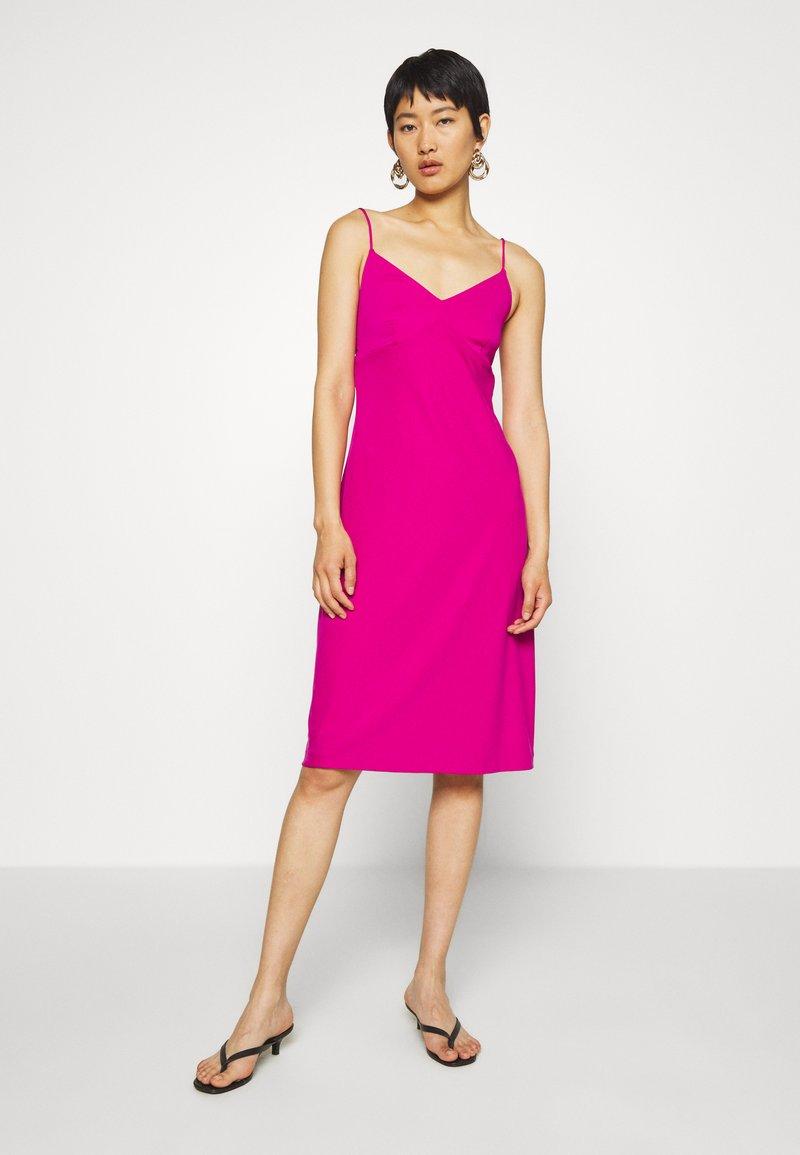 Banana Republic - STRAPPY SLIP - Jersey dress - bright sangria