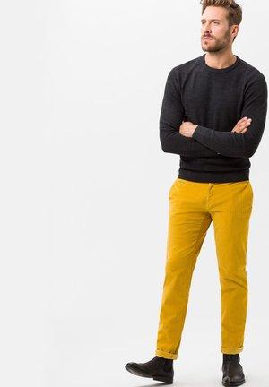 STYLE FABIO IN - Chinos - yellow