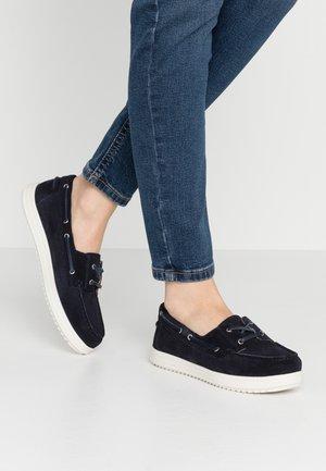 GENOVA - Boat shoes - navy
