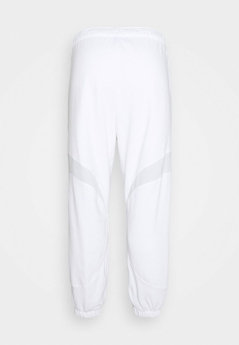 Nike Sportswear - Pantalones deportivos - white
