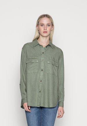 CORE NEW  - Skjorte - olive