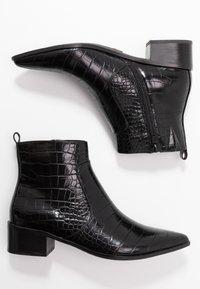 Buffalo - FIONA - Kotníková obuv - black - 3