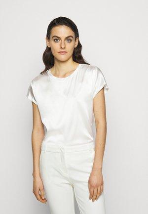 FARISA BLUSA - Blouse - white
