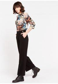 LolaLiza - P-MONALY - Trousers - black - 1