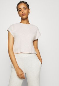Nly by Nelly - COZY TEE - Stoffhose - beige mélange - 4
