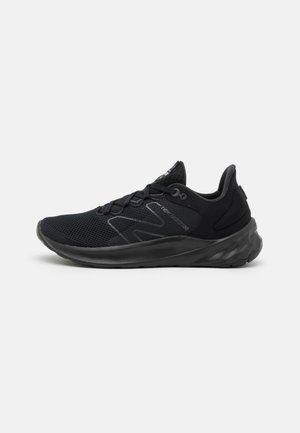 ROAV SPORT PACK - Neutral running shoes - black