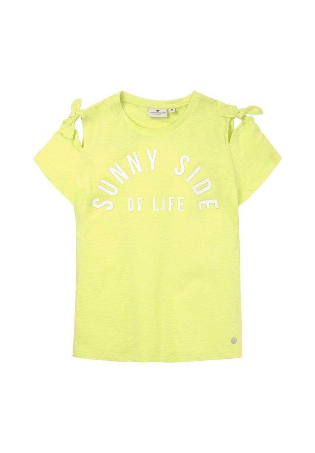 MIT SCHLEIFEN-DETAIL UND SCHRIFT - Print T-shirt - sunny lime green