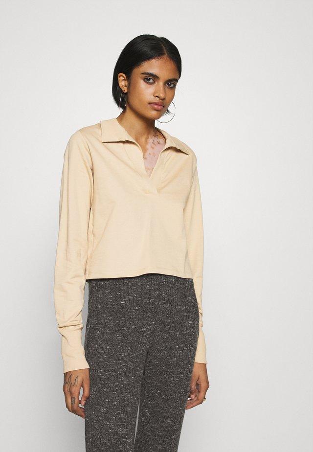 YOUR BEST COLLAR  - T-shirt à manches longues - beige