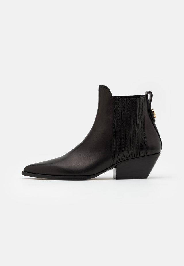 WESTTRONCHETTO - Ankle boots - nero