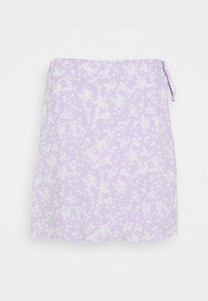DREW WRAP SKIRT - Jupe trapèze - lena ditsy powder lilac