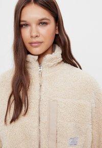 Bershka - Fleece jacket - stone - 3
