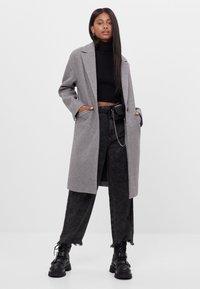 Bershka - Płaszcz wełniany /Płaszcz klasyczny - grey - 1