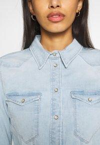 G-Star - SLIM SHIRT - Skjorte - light-blue denim - 6