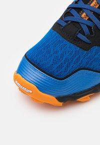 Mizuno - WAVE HAYATE 6 - Trail running shoes - blue/lunar rock/orange - 5
