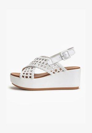 Wedge sandals - white wht