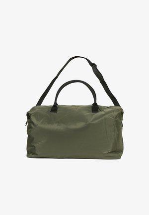 Weekend bag - beetle green