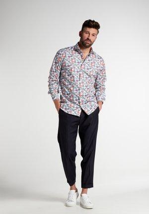 MODERN FIT - Shirt - bunt