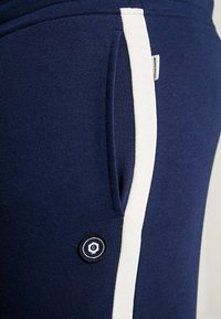 Jack & Jones - JJIBLAIR - Tracksuit bottoms - maritime blue - 4