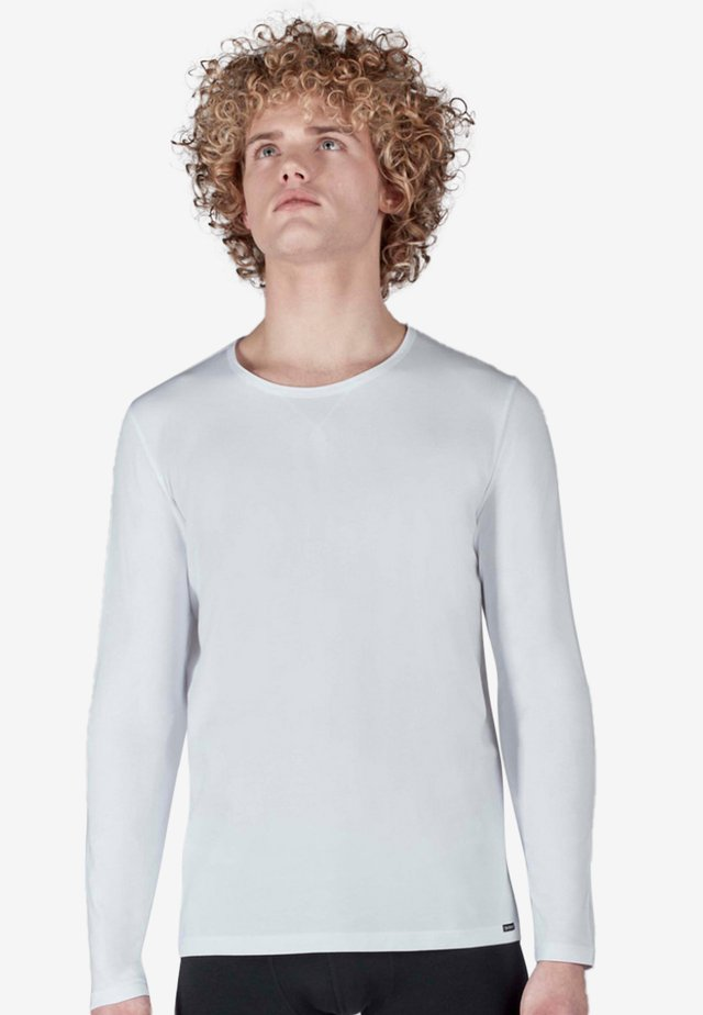 SLOUNGEWEAR  - Long sleeved top - white