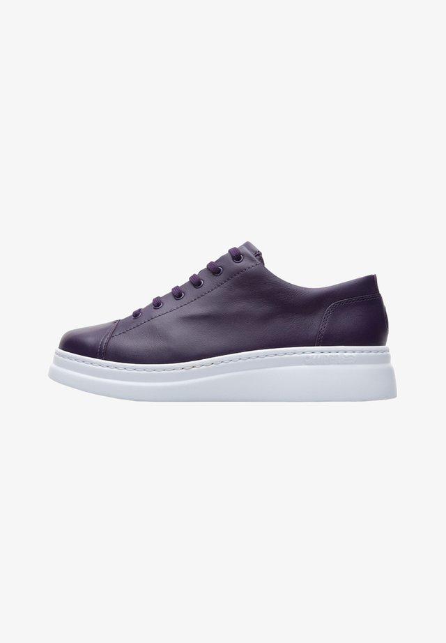 RUNNER UP - Zapatillas - violett