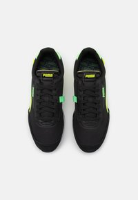 Puma - FUTURE RIDER TWOFOLD UNISEX - Trainers - black/yellow alert - 3