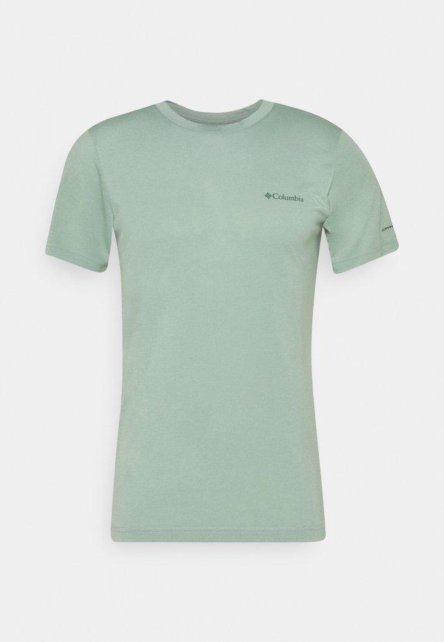 MAXTRAIL LOGO TEE - Camiseta estampada - aqua tone
