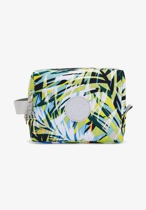 PARAC - Wash bag - bright palm