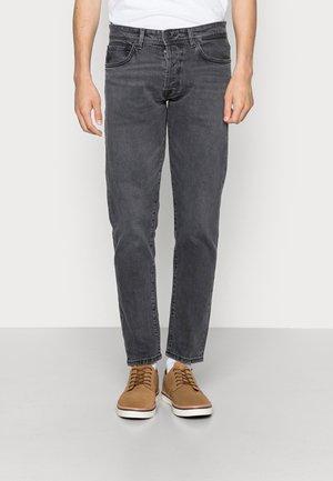 SLHSLIMTAPE TOBY - Straight leg jeans - medium grey denim
