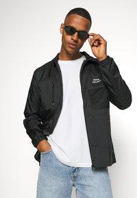 Denim Project - UTILITY - Summer jacket - black - 3