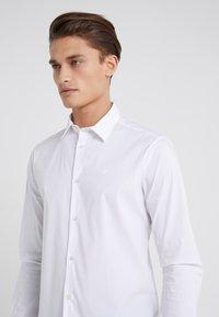 Emporio Armani - Camisa elegante - white - 4