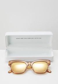 CHiMi - Sunglasses - peach - 3