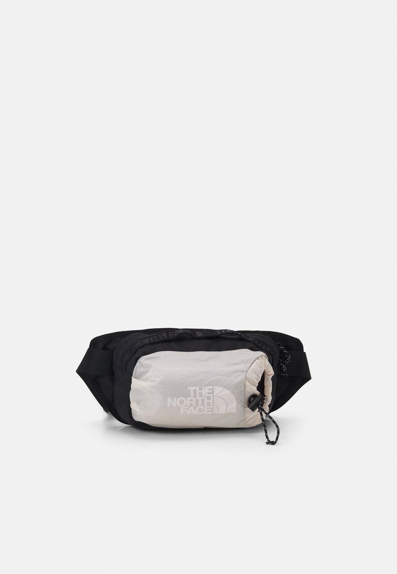 The North Face - BOZER HIP PACK L UNISEX - Bum bag - pink tint/black