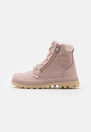 PAMPA HI CUFF WPS - Lace-up ankle boots - rose dust/pink tint