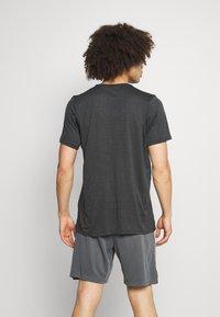 Nike Performance - T-paita - dark smoke grey/black - 2
