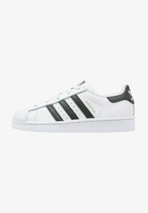 SUPERSTAR FOUNDATION - Sneakersy niskie - white/core black