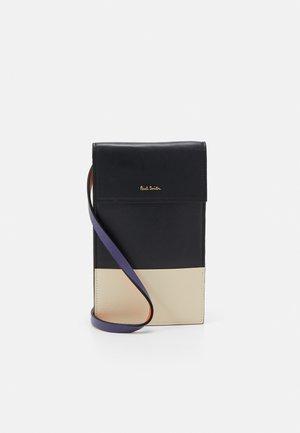 WOMEN BAG NECK POUCH - Across body bag - slate