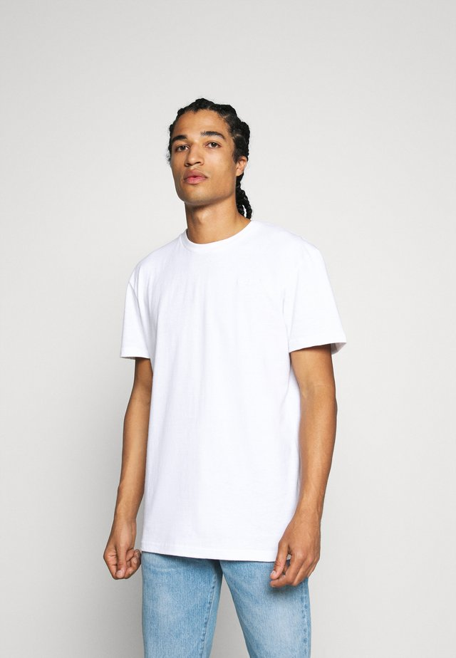 AKKIKKI - T-shirt basic - white
