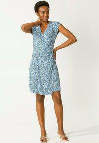 Indiska - FERN  - Jerseyklänning - blue - 0