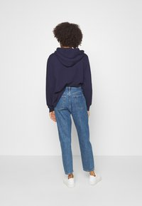 GAP - MOM STANTON - Jeans relaxed fit - medium wash - 2